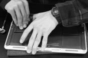 MacBookAir_battery_replacement_03