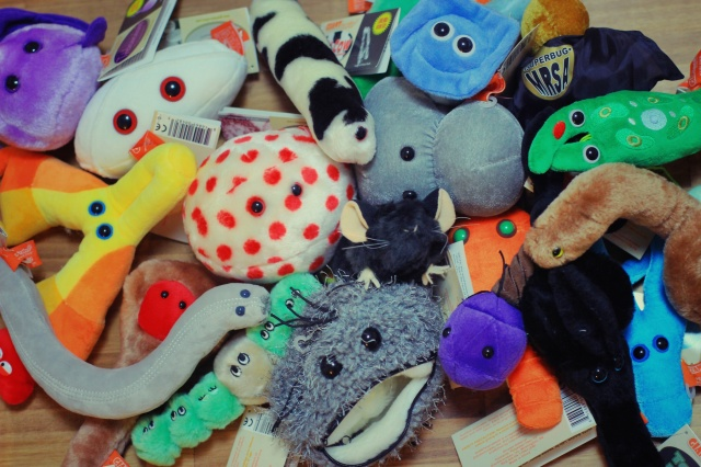 giantmicrobes_all